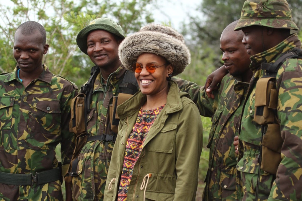 toya-delazy-with-phinda-anti-poaching-rangers-photo-credit-amy-mcmillan